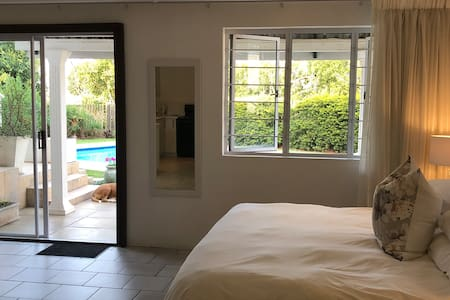 Cameron House Umhlanga, Self Catering Flat 1