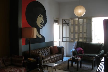 Art Deco Lofty Flat in central Beirut (Gemezeh) - Beirut