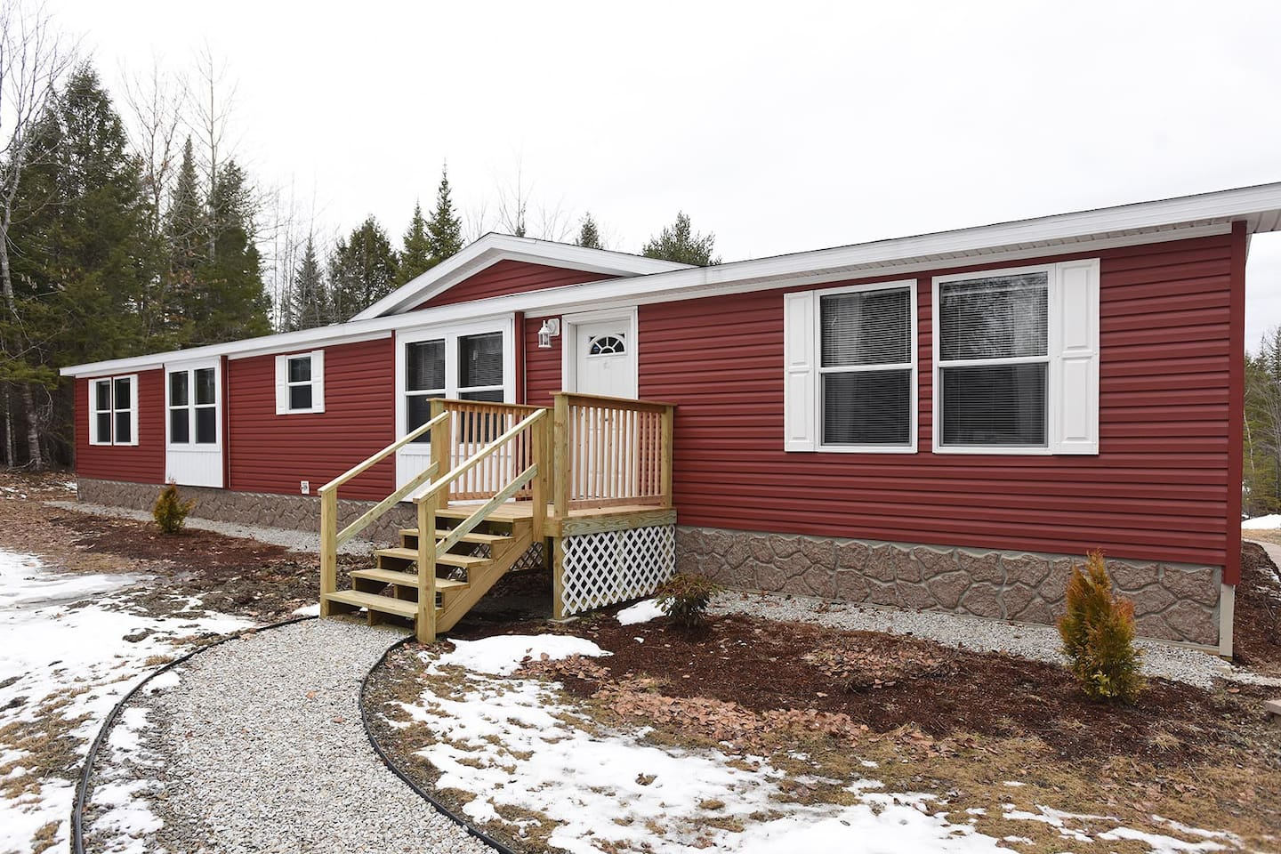 Brand new Spacious 3 bedroom home!