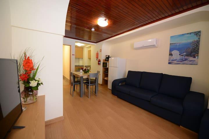 Camélia Apartamento com Piscina e  BBQ.