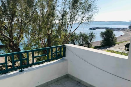 Seafront Independent Beach Apartment