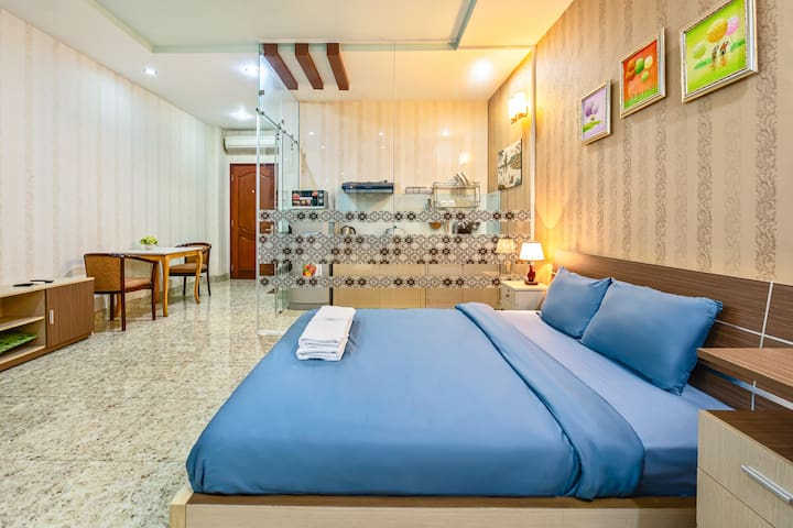 [UP TO 70% OFF] District 1 Newly Listed Room LT-02