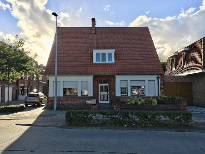 Charming home - 15min to the heart of Bruges