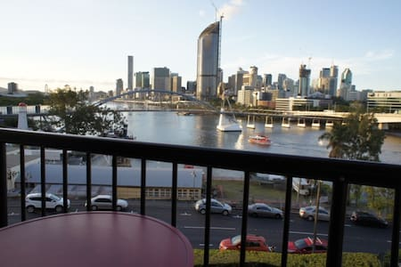 South Bank studio with breathtaking views - 사우스 브리즈번(South Brisbane) - 아파트