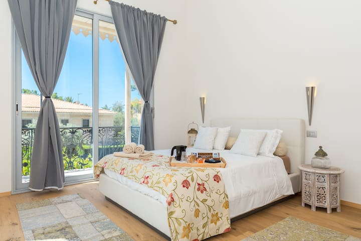Petit Afrique charming room with double balcony - Beaulieu-sur-Mer - Villa