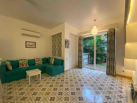 Beautiful 1 bedroom apartment with Private garden