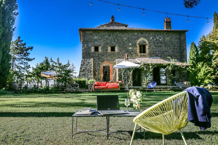 Villa with private pool, air conditioning  Orvieto