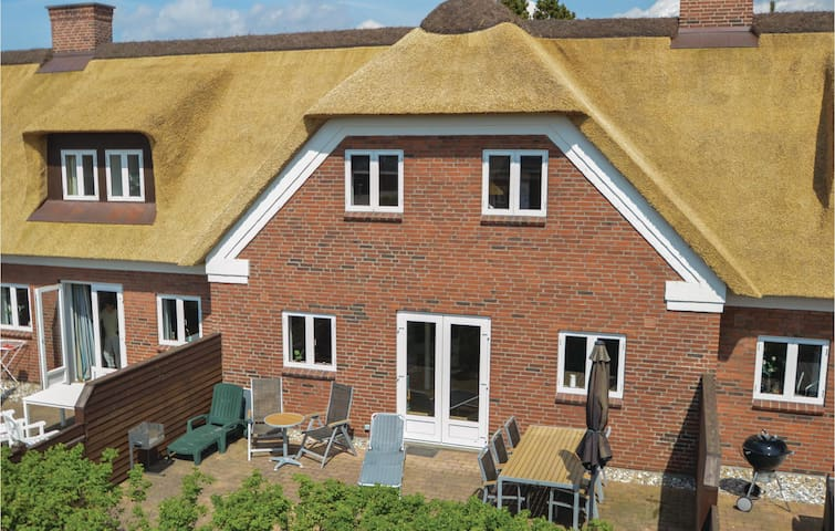Holiday apartment with 4 bedrooms on 134 m² in Blåvand