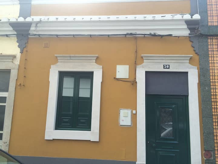 Lovely House in the center of Faro