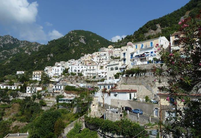 Albori, località di Vietri Sul Mare, Amalfi coast - Albori di Vietri Sul Mare (SA) - House