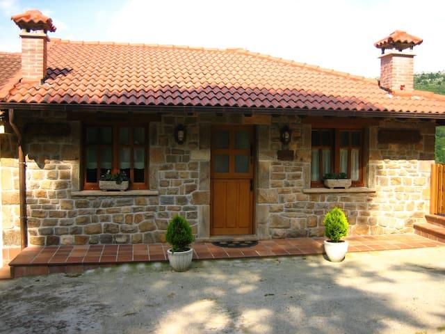 APARTAMENTO LA RIESTRA - Bueres - Lägenhet