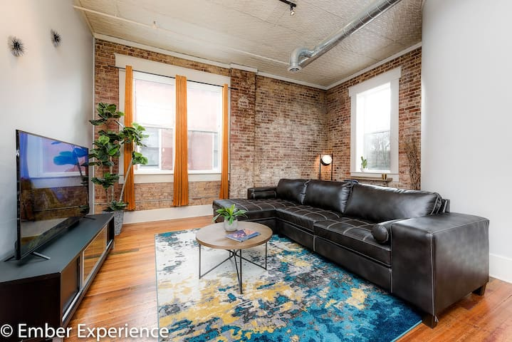 So Chill Suite ★NEW★ Downtown Loft Living