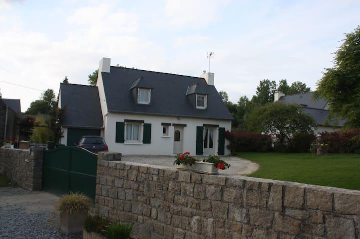 chambre avec SPA - Plouër-sur-Rance - Casa
