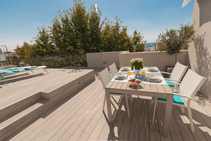 Luxurious Penthouse Apartment with pool in PALMA