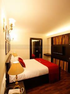 Luxury Studio in Koregaon Park 2 - Pune - Apartment
