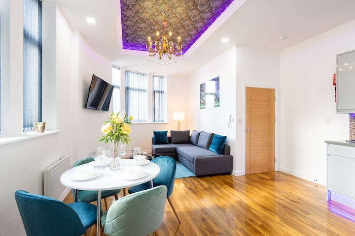 A Beautiful 1 Bedroom 1 Bath City Centre Apartment