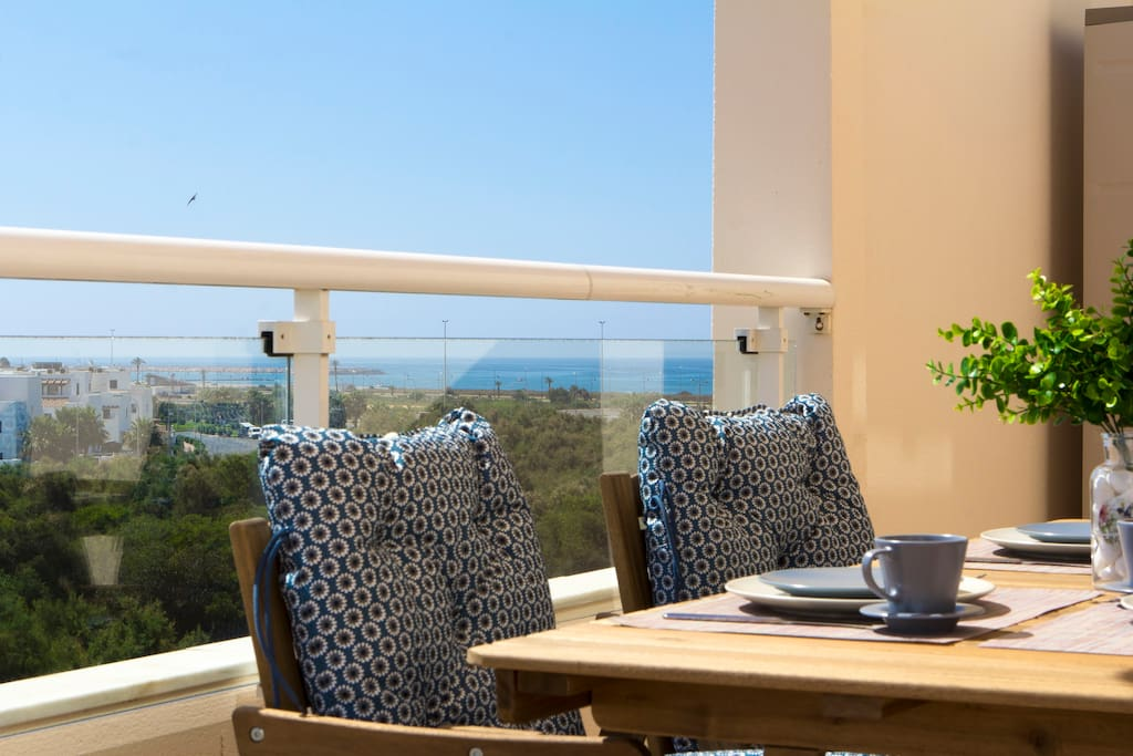 Sanny terrace, Sea and golf views all day