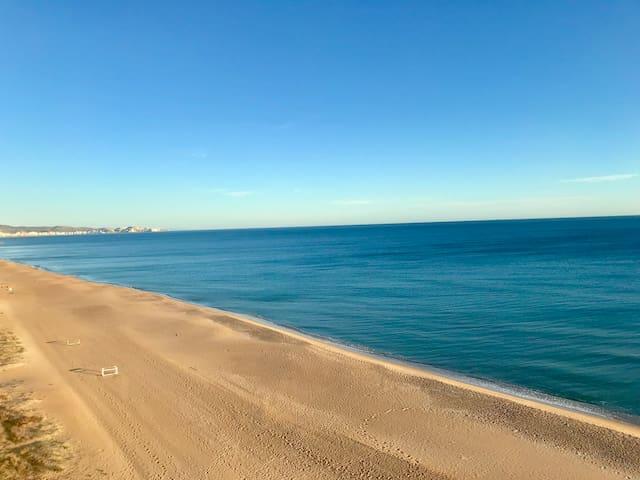 APARTAMENT IN THE BEACH (VALÈNCIA)