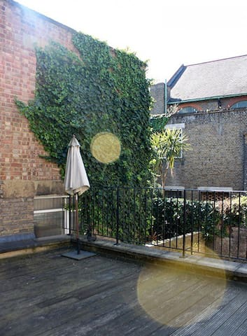 Truly Stunning 1 Bed King Cross With Roof Terrace
