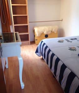 Casa con 2 recamaras en centro de Metepec Mágico - Santa Cruz-Barrio- - House