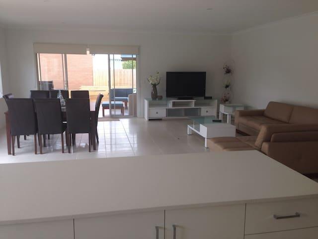 Brand new modern 5 bedroom house