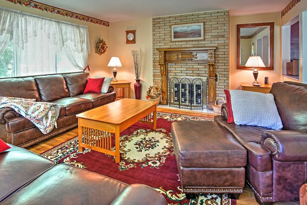 Traditional decor and Michigan antiques adorn the interior.
