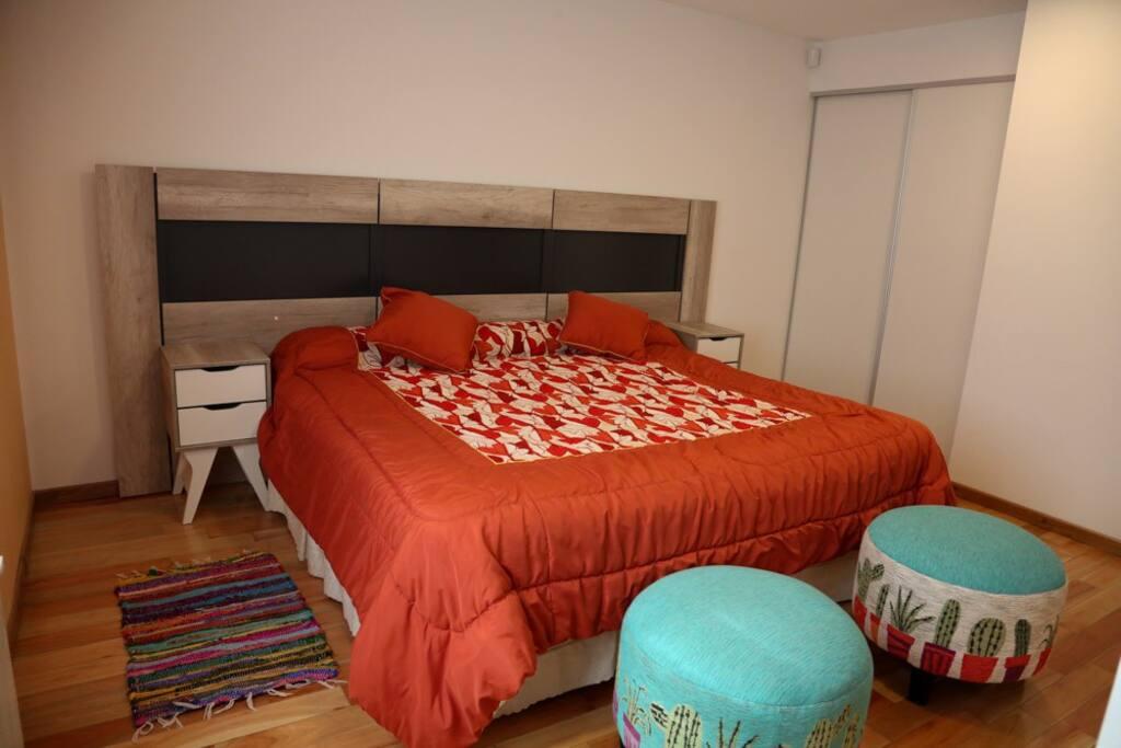 Dormitorio (opción cama king)