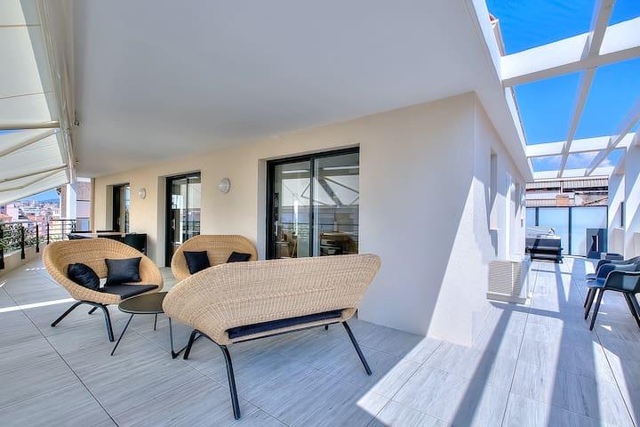 Eva penthouse centre Cannes