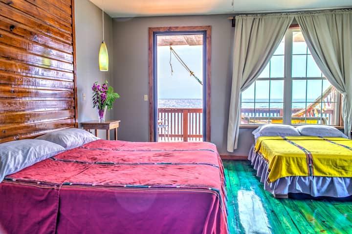Ocean Front King & Queen Room West End  Roatan