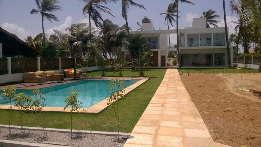 Spacious 2 suite apartment close to beach (#2)