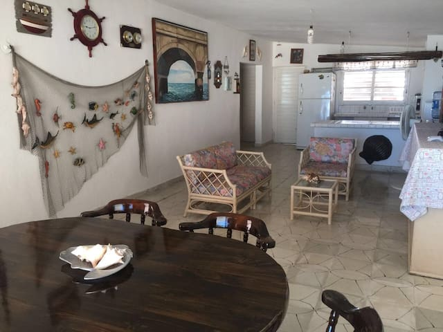 Ocean front house in chelem puerto - Chelem