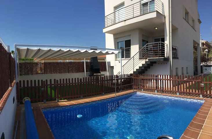 Exclusive House in Costa Dorada