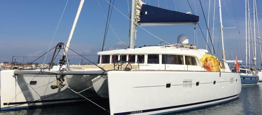 Superbe Catamaran Lagoon500 (2pers) - Kontokali - Barco