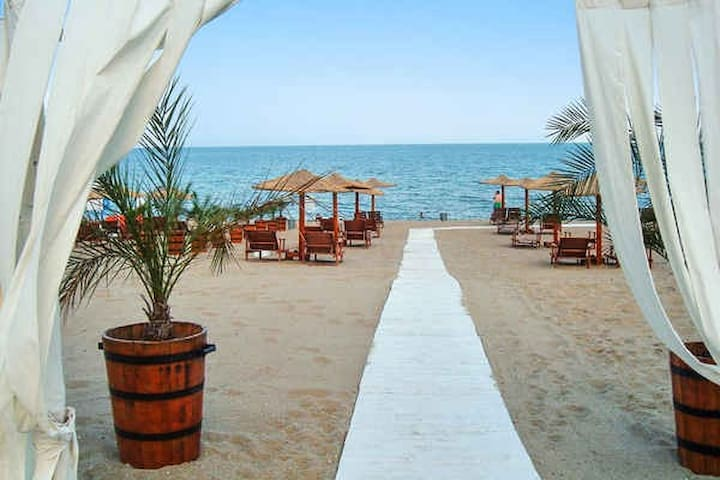 Two Bedroom Flat w. Seaview at Villa Ocean Breeze - Varna - Apartment