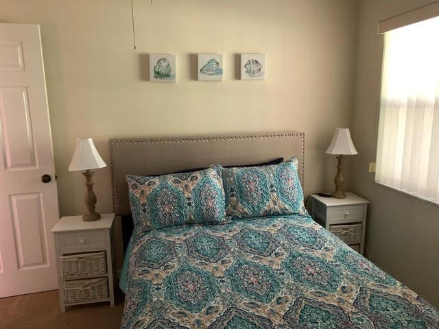Bedroom 3 has a double bed with electric adjustable frame.