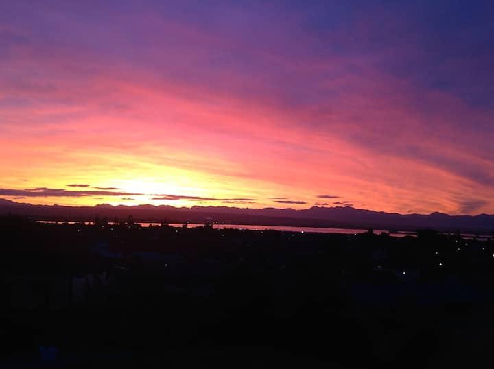 Sunset On Somerset, Stoke, Nelson Bed n Breakfast