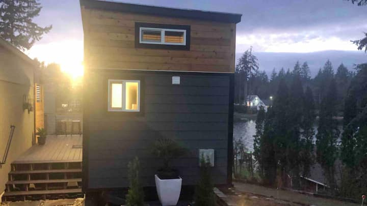 Tiny House * Drive-On Island * Gorgeous Water View