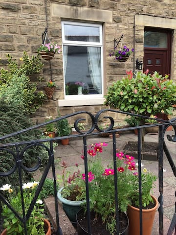 Quirky, dog friendly, stone cottage - Wolsingham - Rumah