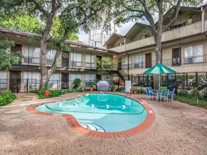 Quiet, Relaxing and Centrally Located in Dallas