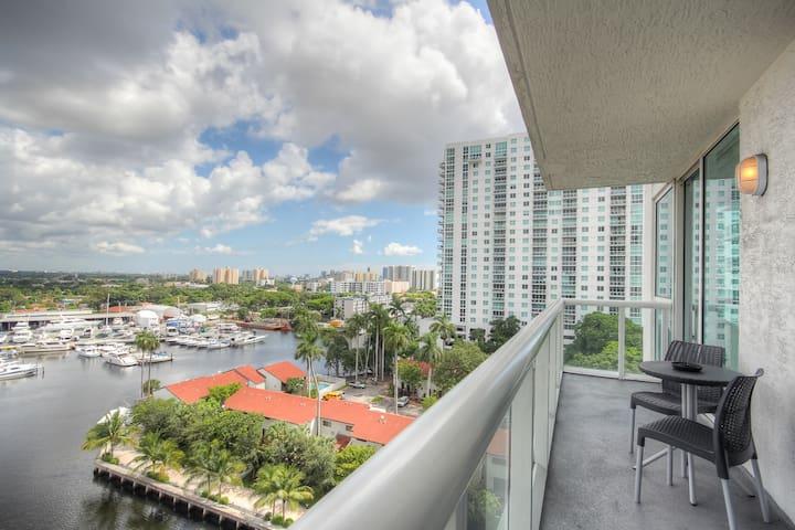 Modern Hotel-Like Condo w/ Wifi & Pool [603] - Miami - Flat