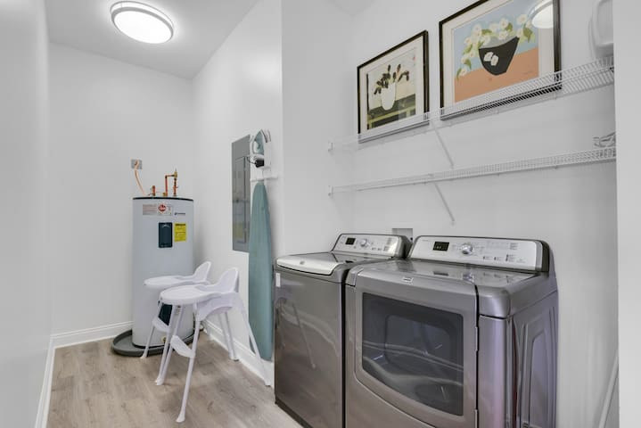 We know that you are going to come back salty and sandy.  Mojos oversized laundry with commercial grade washer/dryer and iron/ironing board is there for your convenience.