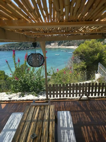 SEA VIEW, VILLA, 6 GUESTS - Vromoneri - House