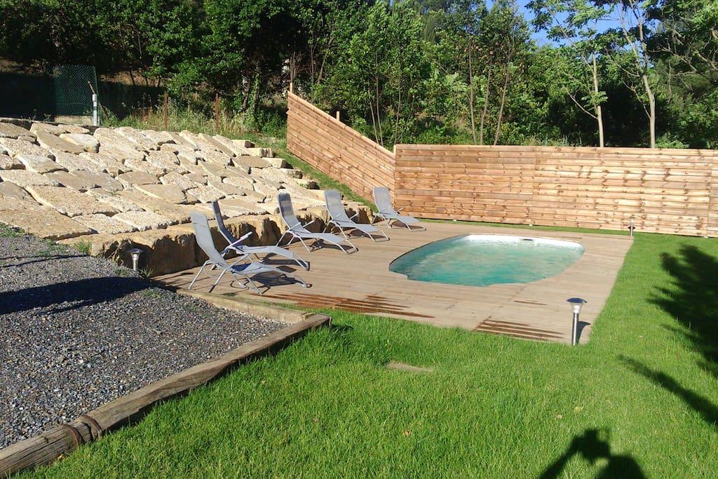 Mejan ostal maison piscine proche de la cit houses for Oplus piscine carcassonne