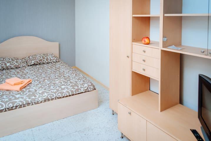 Однокомнатные апартаменты на Холодной горе