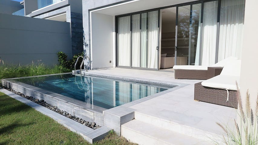 Beautiful 3 Bedroom Villa with Private Pool - Da Nang - Casa