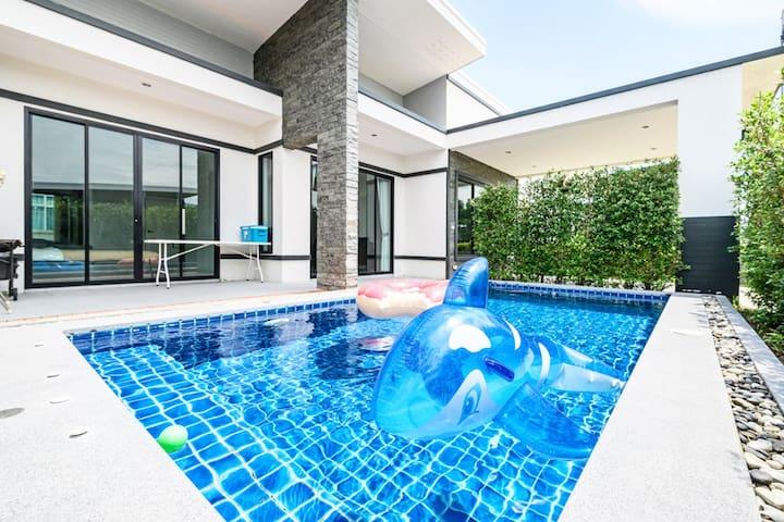 Sapphire Blue Pool Villa 3BR @Rio HuaHin