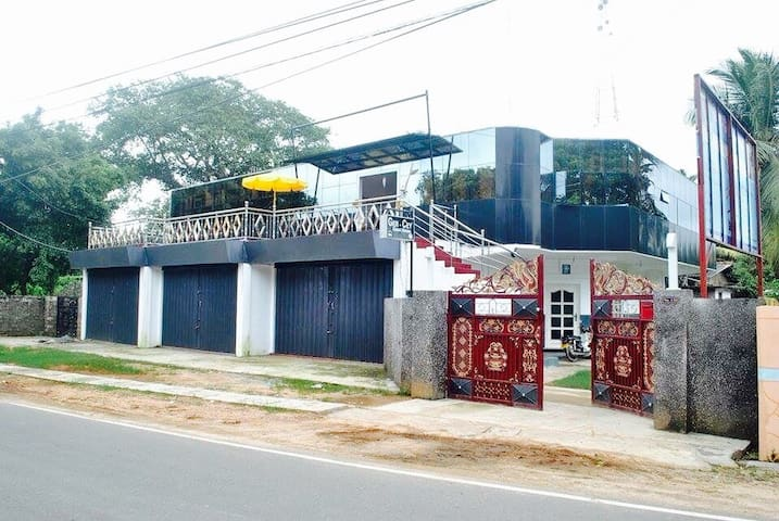 Favourable Rooms in Jaffna Town - Jaffna