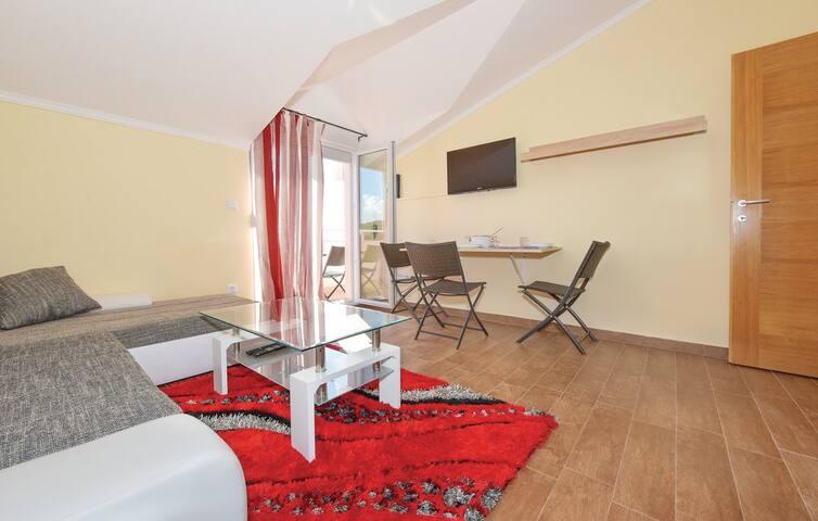 Apartment SAX 3 (4+1) 60m2, Jezera - Jezera - Huoneisto