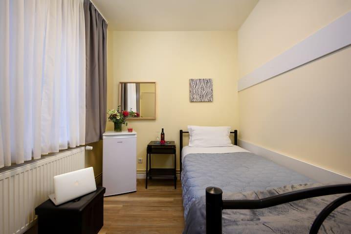 Hotelzimmer in Berlin | Prenzlauer Berg | 1 | NEU