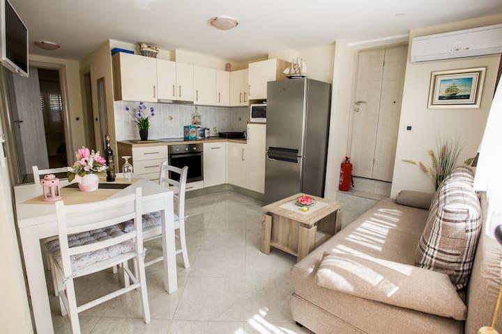 Libero 1 bedroom apartment